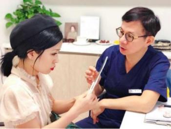 台湾微感双眼皮医师北京驻诊  上海博主不惜搭机求诊